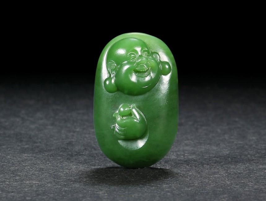 拍卖会精品玉石雕刻作品展示