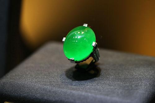 特级翡翠戒指